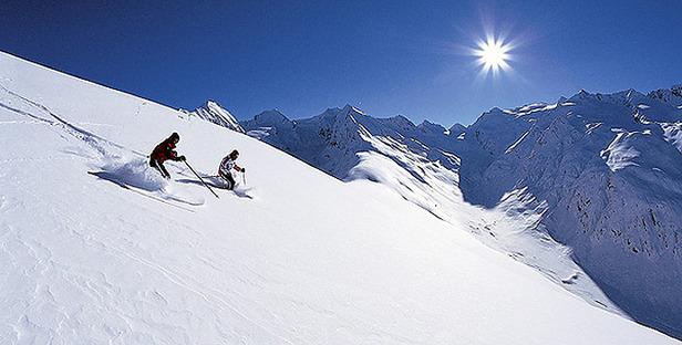 5 Tiroler Gletscher und Skiinfo verlosen 200 Skipässe