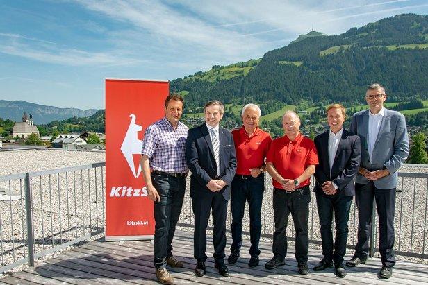 v.l.n.r.: Andreas Hochwimmer, Mag. Anton Bodner, Dr. Josef Burger, Walter Astl, Mag. Peter Schörghofer, Bgm. Dr. Klaus Winkler