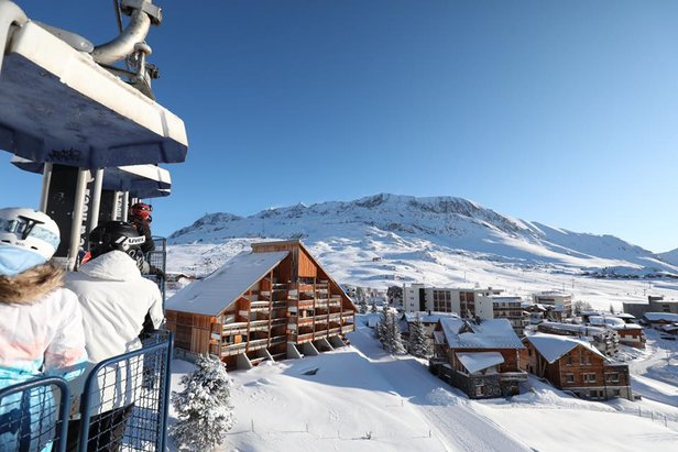 Sunshine after the snow storm in Alpe d'Huez 18/1/20  - © Alpe d'Huez/Facebook