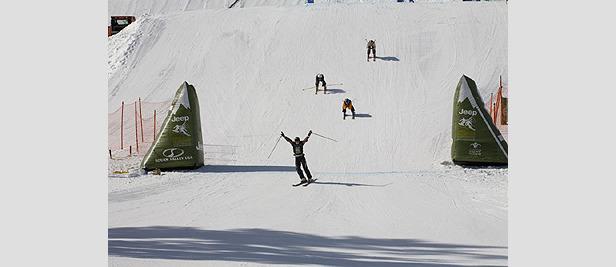 Video Highlights: Die Ski Cross Dominatoren im Weltcup 2008- ©www.jeepsports.com