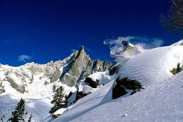 Popular ski resorts for off-piste powder fiends- ©Chamonix Tourism