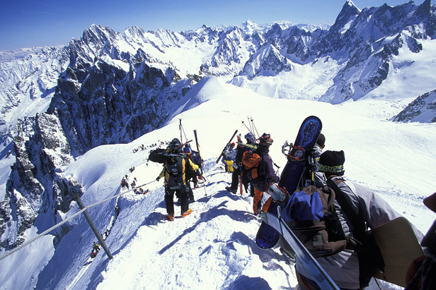 Videos: World's scariest ski runs- ©Chamonix Tourism