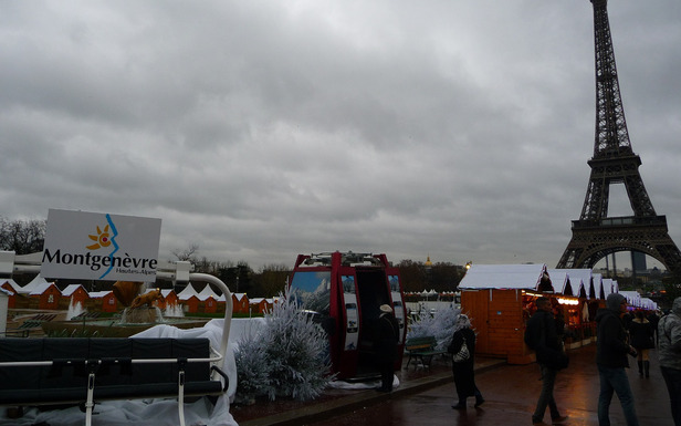 Montgenèvre présente sur le Village de Noël du Trocadéro