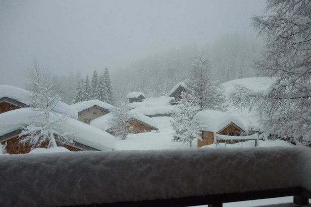 Where is the snow in Europe and North America?- ©Chamonix Tourism