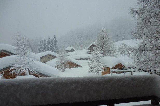 40cm of snow in Chamonix and still falling. Jan. 11, 2013 - ©Chamonix Tourism