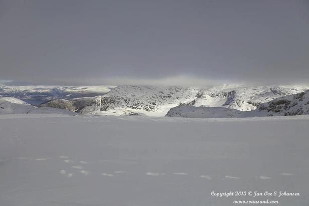 10 metri di neve sul Ghiacciaio Folgefonna (Norvegia) ©Jan Ove S. Johansen