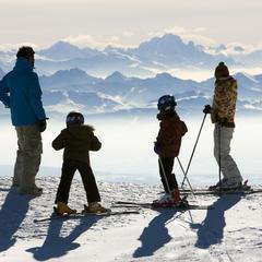 Les domaines skiables des Montagnes du Jura - ©Station des Rousses / S. Godin