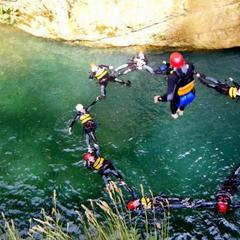 Corsi estivi in montagna: arrampicata, canyoning o cavallo?