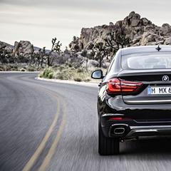 Il piacere di guidare la nuova BMW X6 - ©BMW
