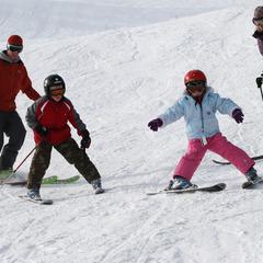 Durango Skiing family Brunso