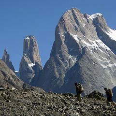 Die Trango Türme mit einer Höhe von über 6000 Metern gehören zu den schönsten, aber auch schwierigsten Kletterbergen der Welt... (Siehe Berichte Juni 2008)