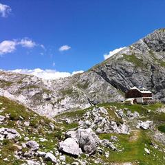 Guttenberghaus - dahinter ist der Sinabell zu sehen - ©Â© Tita Lang, www.tita.at