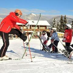 Alpbach je skvělé lyžařské středisko pro první lyžovačku - © Tirol Werbung