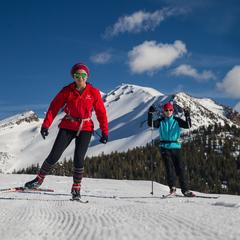Mammoth Lakes cross-country skiing - ©Mammoth Lakes Tourism