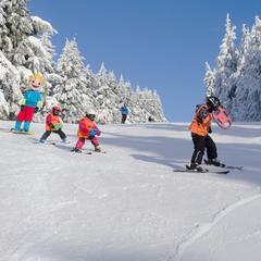 Výuka lyžování v Říčkách - © Ski centrum Říčky / facebook