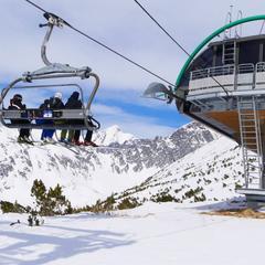 Prvá lyžovačka v Tatrách bude na Štrbskom Plese 7ee97c4ee78