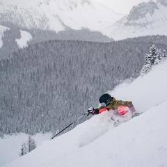 Covid-19: Canada's closed borders bring rewards for local skiers - ©Banff Sunshine Village/Facebook