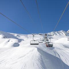 Premier jour de ski de la saison à Cauterets - © Office de Tourisme de Cauterets