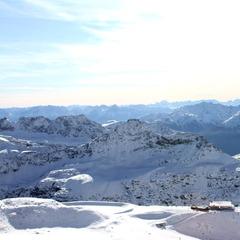 Frischer Schnee auf Österreichs Gletschern, Kitzsteinhorn öffnet für Sommerskifahren - ©Skiinfo.de
